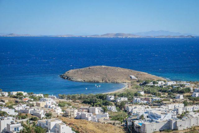 Kykladeninseln Tinos Agios Sostis Strand Bucht