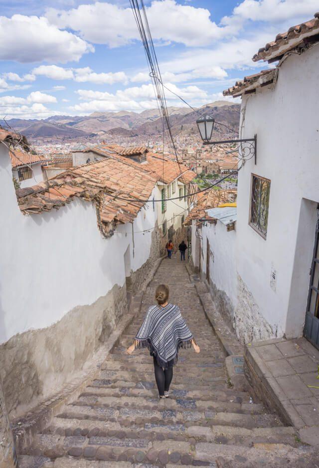 Peru Reisen Cusco Gasse Cristo Blanco