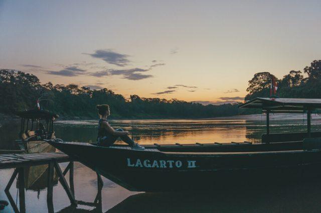 Peru Reisen Puerto Maldonado Amazonas Abendstimmung