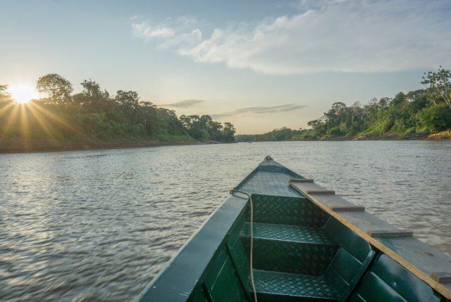 Peru Reisen Puerto Maldonado Amazonas Sonnenuntergang