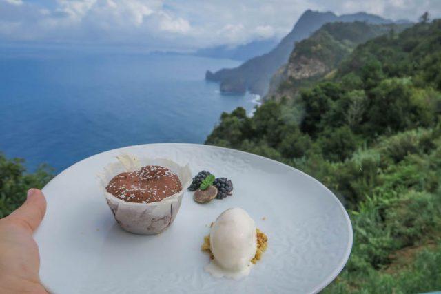 Madeira Urlaub Funchal Porto Santo Quinta do Furao Restaurant Aussicht