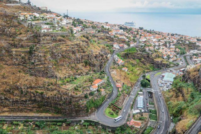 Madeira Urlaub Funchal Landschaft Seilbahn