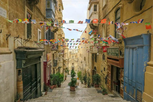 Malta Sehenswuerdigkeiten Malta Urlaub Valetta Gasse