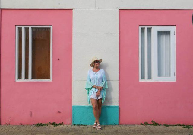Curacao Urlaub Karibik niederlaendische Antillen Willemstad Skaloo bunte Haueser