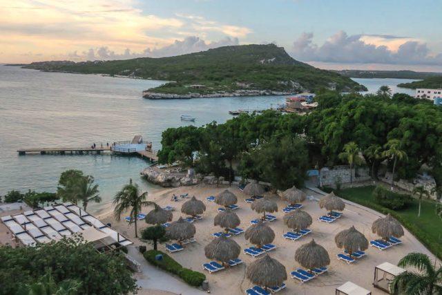 Curacao Urlaub Karibik niederlaendische Antillen Hilton Hotel