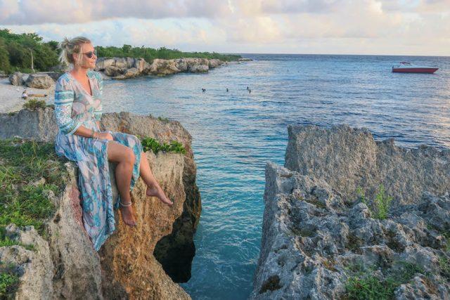 Curacao Urlaub Karibik niederlaendische Antillen Directors Bay Sonnenuntergang