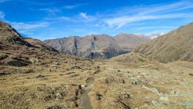 Suedtirol Urlaub Vinschgau Wanderung Upiasee Berge