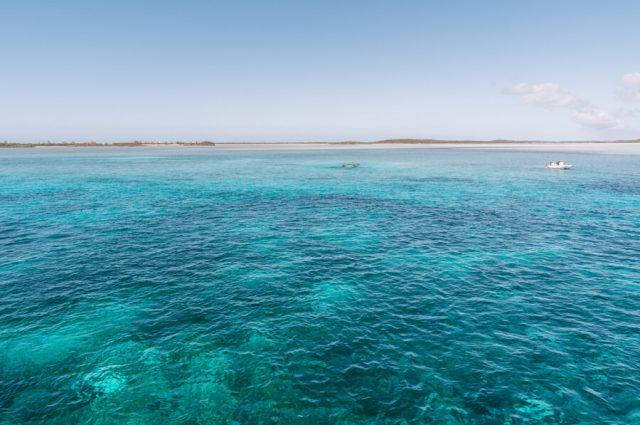 Bahamas Exumas Yacht Charter Normans Cay Flugzeug Wreck