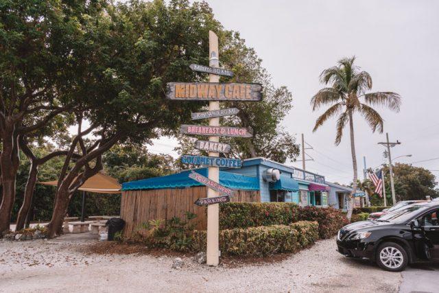 Key West Florida Sehenswuerdigkeiten Midway Cafe Isla Morada