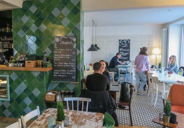 Weihnachtsmarkt Stuttgart Tipps Café Lumen
