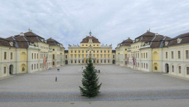 Weihnachtsmarkt Stuttgart Tipps Ludwigsburger Schloss außen