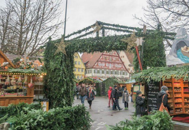 Weihnachtsmarkt Stuttgart Tipps Esslinger Weihnachtsmarkt Eingang