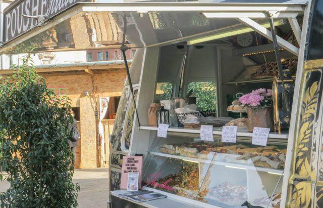 Weihnachtsmarkt Stuttgart Tipps Wouahou Winterdorf Marienplatz Strudel