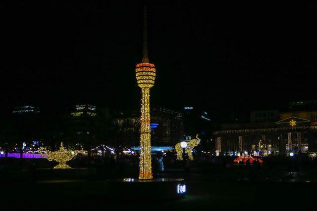 Weihnachtsmarkt Stuttgart Tipps Glanzlichter Lichtinstallationen