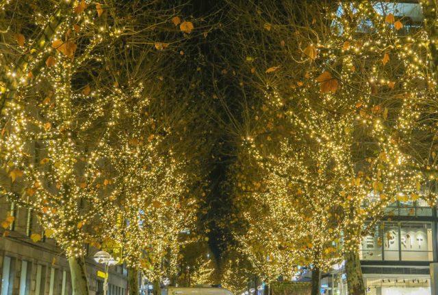 Weihnachtsmarkt Stuttgart Tipps Königsstraße Illumination