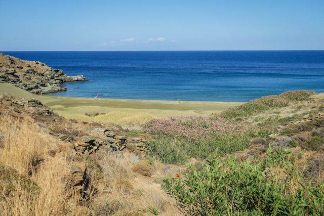 Griechenland Urlaub-griechische Inseln-Tinos Strand