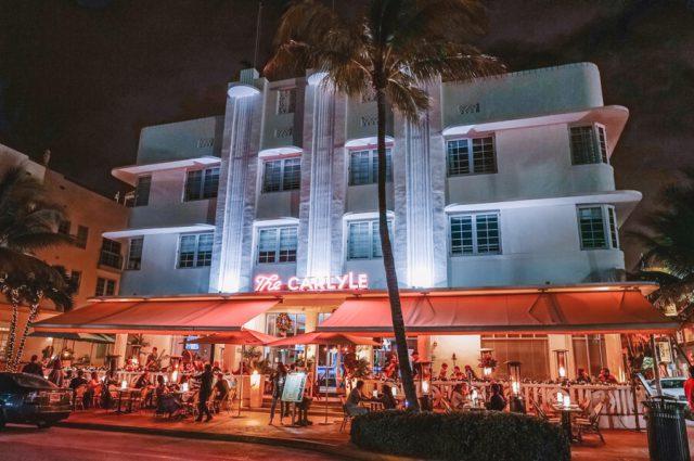 Miami Beach Sehenswuerdigkeiten Urlaub Ocean Drive Beleuchtung