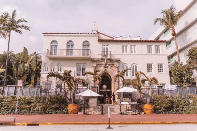 Miami Beach Sehenswuerdigkeiten Urlaub Ocean Drive Versace Mansion