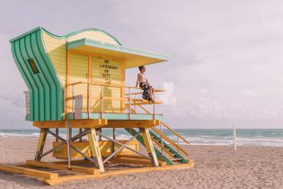 Miami Beach Sehenswuerdigkeiten Urlaub South Beach Lifeguards