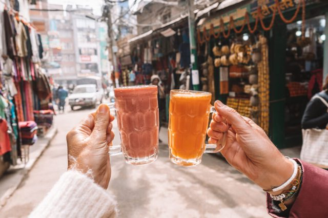 Nepal Reisen Kathmandu Altstadt Fruchtsaft