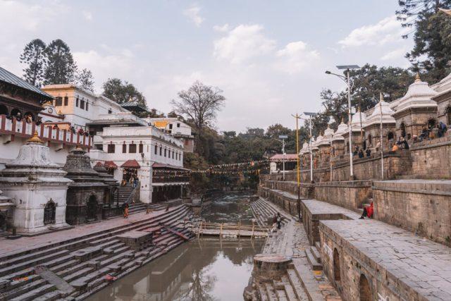 Nepal Reisen Kathmandu Pashupatinath Bagmati Fluss