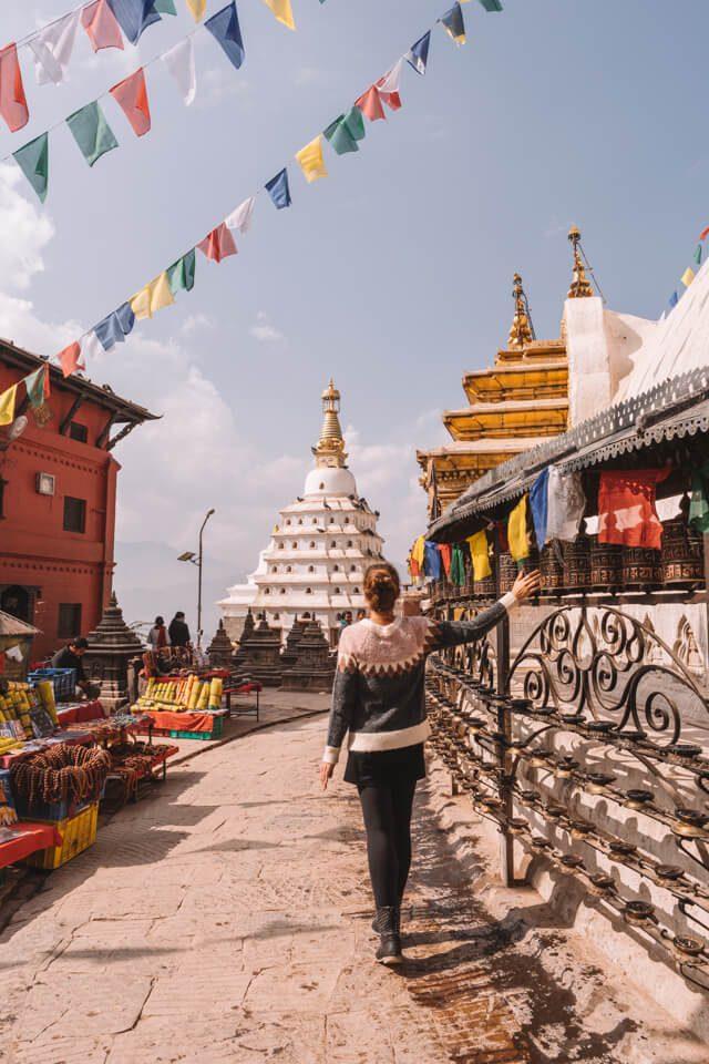 Nepal Reisen Kathmandu Swayambunath Affentempel Gebetsmuehlen
