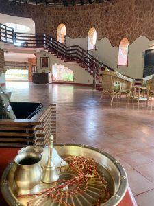Yoga Urlaub Indien SwaSwara Eingang