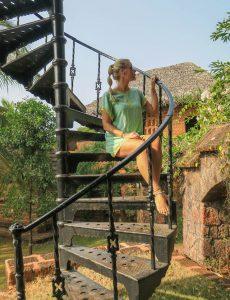 Yoga Urlaub Indien SwaSwara Treppe