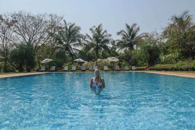 Yoga Urlaub Indien SwaSwara Pool