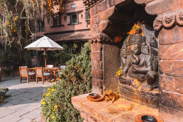 Nepal Reisen Kathmandu Dwarikas Hotel Tempel