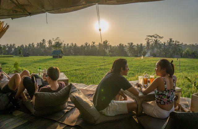 Bali Sehenswuerdigkeiten Ubud Cafe Pomegranate