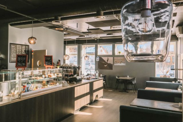 Click Cafe Ramberg Lofoten