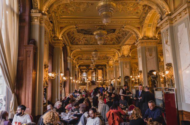 Budapest Sehenswuerdigkeiten New York Cafe