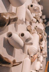 Kunst Plastikflaschen