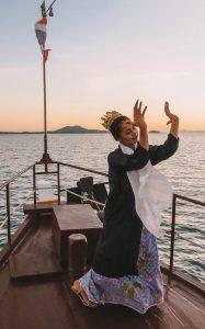 Royal Andaman Boat Ranong dance