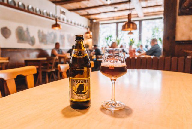 Bierverkostung Brauerei Neder schwarze Anna