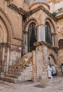 Jerusalem Sehenswuerdigkeiten Grabeskirche Eingang