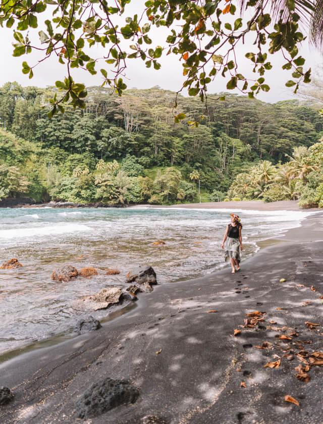 Tahiti Urlaub Arahoho Blowhole Strand