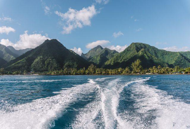 Tahiti Urlaub Teahupoo Taxi Boat