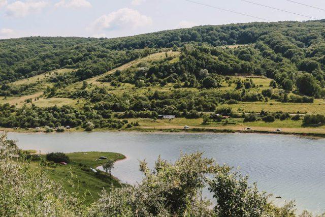 Bezidu Nou Rumaenien Urlaub See