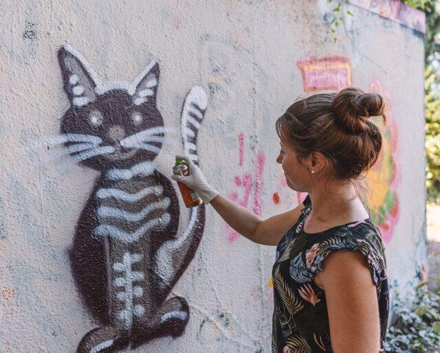 Linz Sehenswuerdigkeiten Mural Harbour Graffiti Kurs
