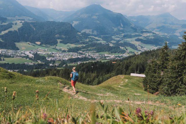Waiwi Weitwanderweg Buchensteinwand
