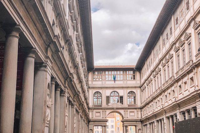 Florenz Sehenswuerdigkeiten Uffizien aussen