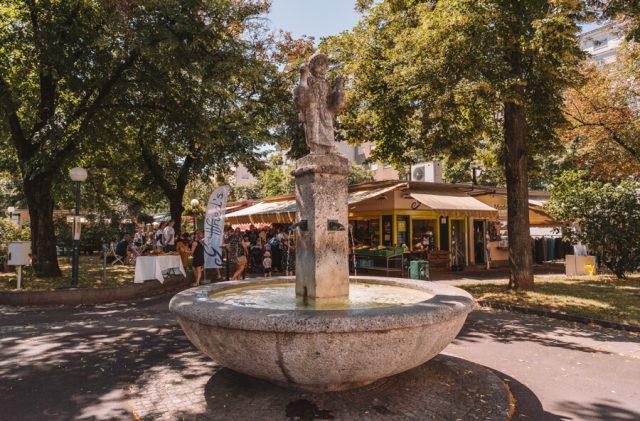 Linz Oesterreich Suedbahnhofmarkt Brunnen