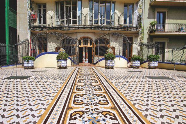 Mosaik Innenhof Casa Batllo
