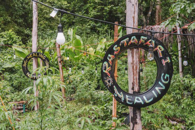 Jamaika Rastafari Indigenous Village Marihuana