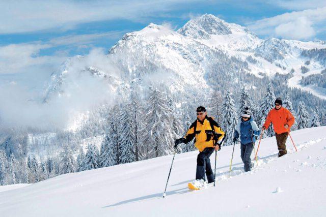 Reiseziele Dezember Oesterreich Schneeschuhwandern