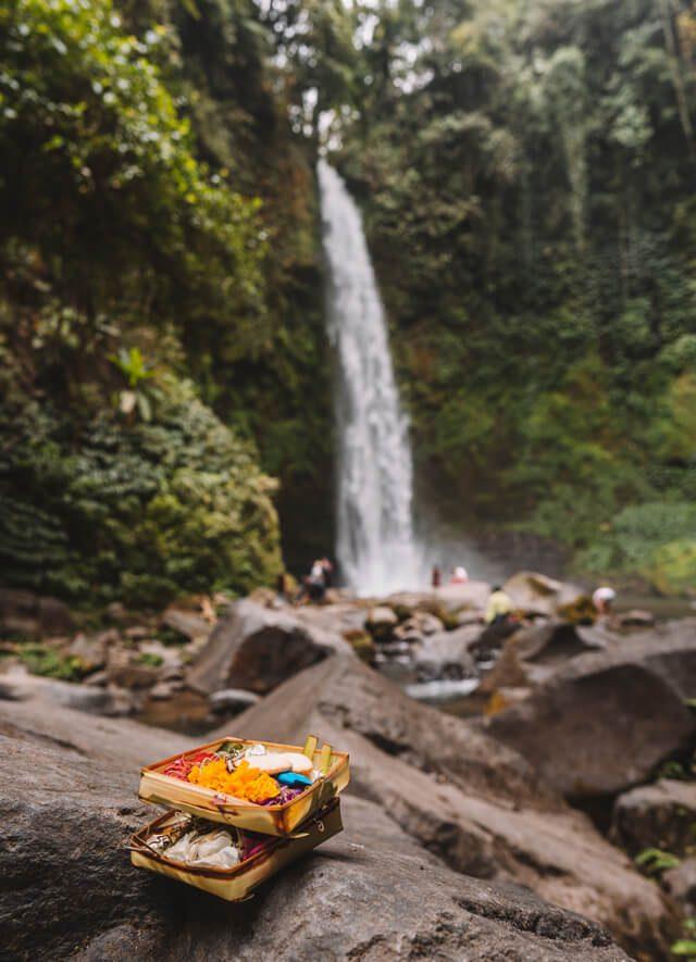 Bali Sehenswuerdigkeiten Munduk Nung Nung Wasserfall