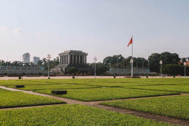 Hanoi Sehenswuerdigkeiten Ho Chi Minh Mausoleum