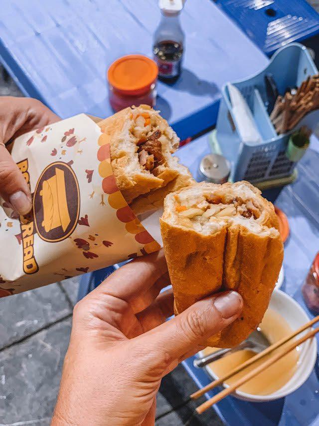 Hanoi Sehenswuerdigkeiten Streetfood Tour Banh Mi